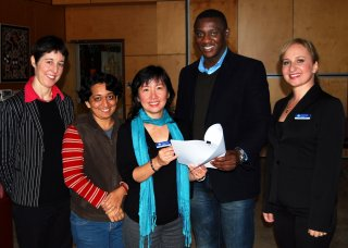 At UNE… were RDANI Project Officer, Kim-Trieste Hastings; Indian PhD student, Hinal Pandya; DIAC Regional Outreach Officer (NSW), Philomena Leong; Nigerian Masters student, Emmanuel Chinaka; and DIAC's Migration Advisor for the Engineering Industry, Svetlana McNeil.