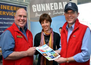 Gunnedah Shire Council Economic Development & Tourism Manager, Chris Frend, RDA Northern Inland Snr Project Officer, Kim-Trieste Hastings and GSC Mayor, Cr. Adam Marshall.