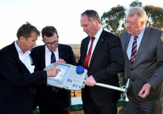 RDANI Acting Executive Officer David Thompson, Member for Northern Tablelands Adam Marshall, Member for New England Barnaby Joyce and Armidale Dumaresq Mayor Laurie Bishop discuss the new LED street lights.