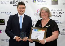 Technical Services Manager for Goldwind Australia, Steven Nethery presented a White Rock Wind Farm 'Research and Education' finalist trophy to Z-Net Uralla representative Teresa French.